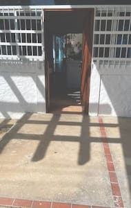 Entrance to home with no steps
