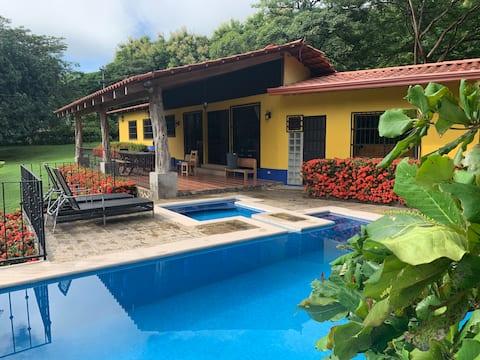 Casa Roble Guanacaste, Ecologico