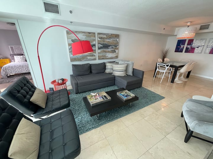 Brickell Large 2BR/2BH(8 p)Ocean View-Free Parking