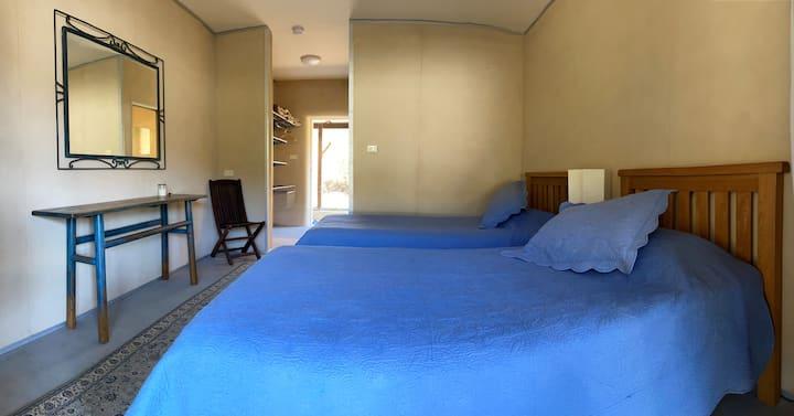 Little Monkerai - Twin Room