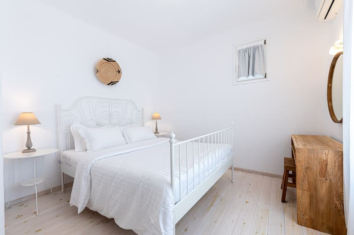 Bedroom with Queen -sized bed on the second floor