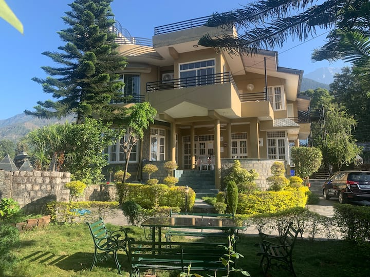 3 bedroom cottage for up to 8 pax in dharamshala