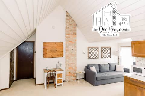 {The Clara Bell} ~ The DocHouse Suites ~ Balcony!