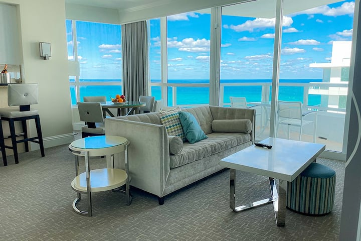 FontaineBleau, 1 BR w/ Ocean & Main Pool View