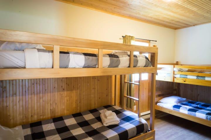 4 chambre 4 places