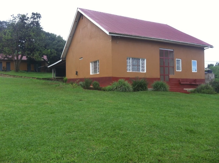 House in Kampala with a large garden