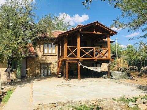 Tradicionāla lauku bulgāru māja