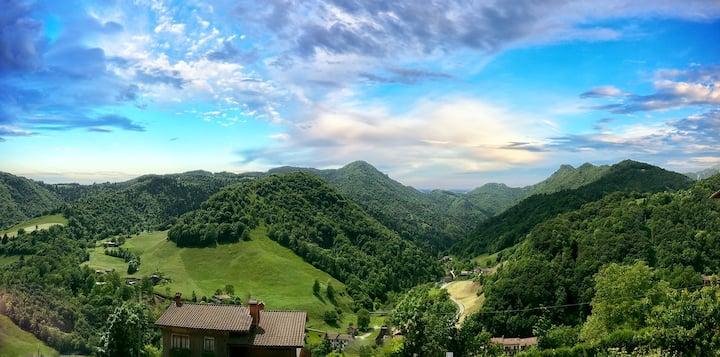 La maison de Nini avec une belle vue sur les Alpes