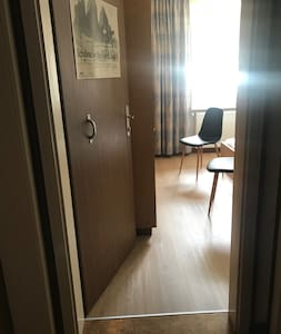 通往房間的入口沒有梯級