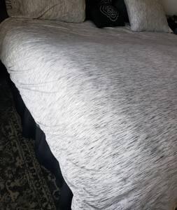 سرير ملائم لذوي الاحتياجات الخاصة