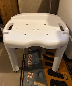საშხაპის სკამი