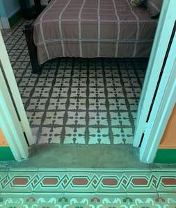 Entrada de la habitación 2