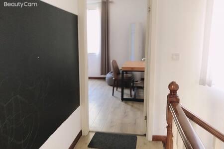 卧室1入口