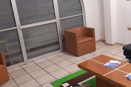 espacio amplio para acceder a la recámara