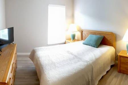 Lisätilaa sängyn ympärillä
