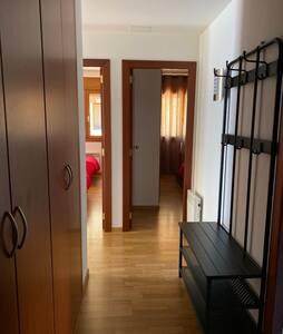 entrada a las dos habitaciones