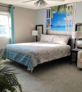King size bed @Master Bedroom