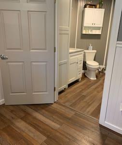 """36"""" door to bathroom"""