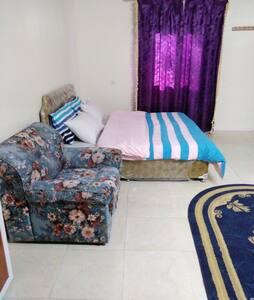 غرفة النوم الرئيسه