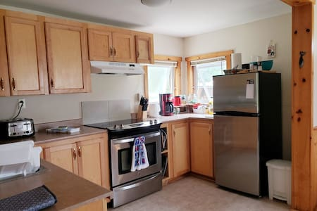open concept kitchen/dinning