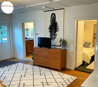 Entry to first floor bedroom has no steps