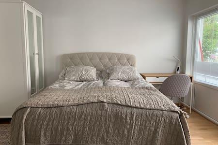 sovrum utan trappsteg trin