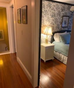 """2nd floor hallway is 48"""" wide and both bedrooms have doors 32"""" wide"""