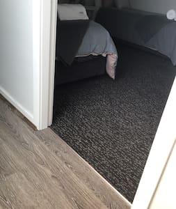 Entrada sem degraus para o cômodo