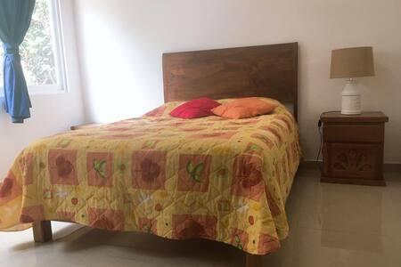 Cama con altura accesible