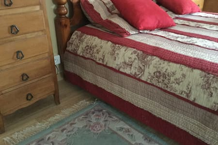 Bed 49cm heigh