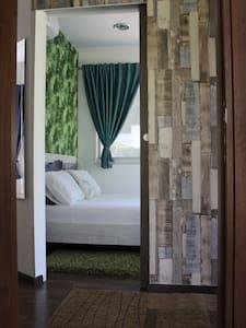 double bedroom has flat entrance into it. Doorway is 30cm wide