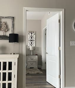 36 inch wide entrance to bedroom