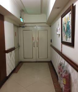 房間門鎖口通道大