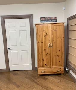 """36"""" entrance to bedroom"""