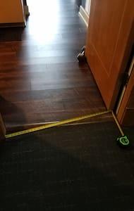 32 inch doorway