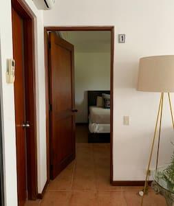 Entrada habitación 1