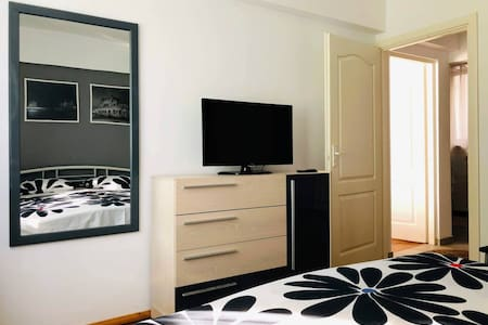 Accessible-height bed