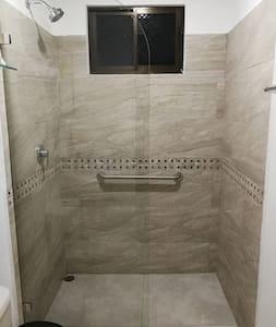 Handgrepen voor douche