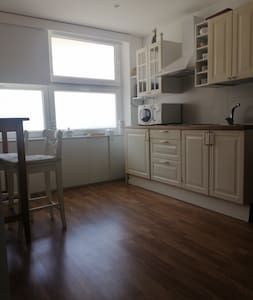 L'appartamento è un open space privo di scale e gradini