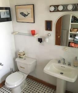Flat floor in bathroom