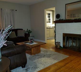 living room 32in door opening