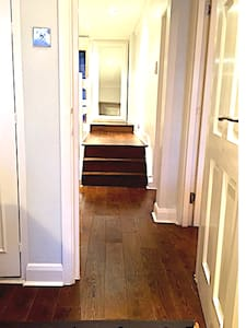 Stairs exist to enter the flat itself but no additional steps to enter bedrooms or living room