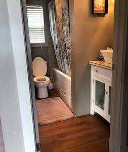 No steps to enter main floor bathroom from hall