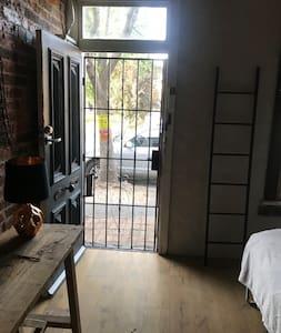 The front door open with security steel door ,great air flow