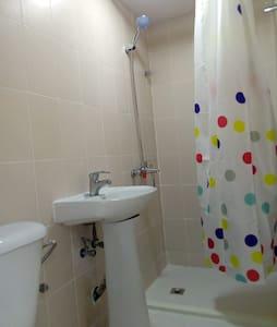 계단이나 문턱 없는 샤워실