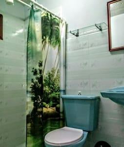 Lavabo d'alçària accessible