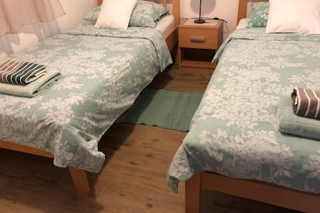Beds in Room 1