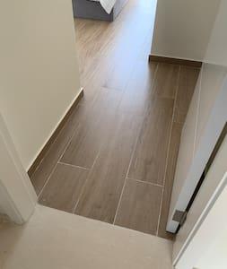 Master Bedroom 1 door access