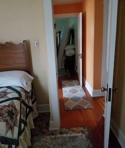 Bedrooms have no steps,standard doorways.