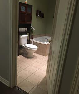 Clear path to bathroom, no steps